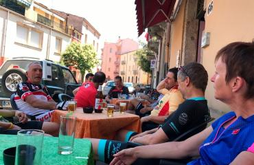 Guided tours Group cycling tour guided in Sardinia - bar stop