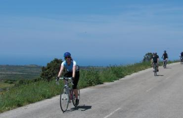 Cycling holiday Sardinia: descending the Montiferru, towards the Sinis Area