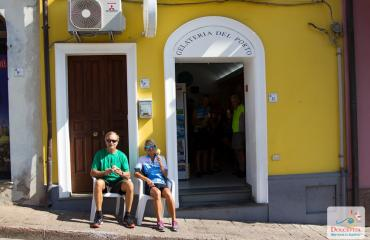 Sardinia Cycling Gelato break