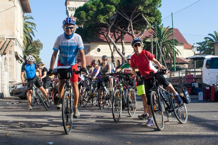 Cycling tour Sardinia: The  cycling guide Giovanni